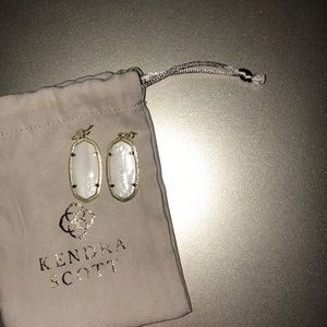 Kendra Scott Elle Earrings white mother of pearl
